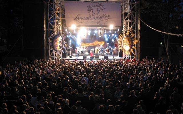 Karneval I Aalborg 22 Maj 2004 Dmd Koncert